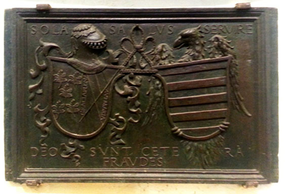 Lámina 2. Detalle de la lauda de Lorenzo Suarez de Figueroa y Mendoza.